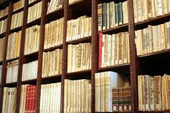 La biblioteca comunale compie 147 anni, mostra storica in Sala Ronchi