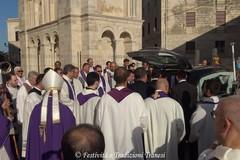 In una Cattedrale gremita il funerale di Monsignor Savino Giannotti