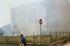 Incendio in via Sant'Agostino: in fiamme un terreno incolto