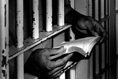 Caldo e sovraffollamento, protestano i detenuti di Trani