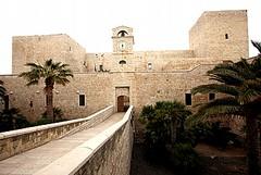 Tra storia e arte, viaggio nel centro storico di Trani
