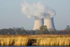 L'Italia stoppa nucleare, privatizzazioni e impedimento