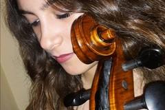 La musicista tranese Chiara Aurora nella fiction Rai «La compagnia del cigno»