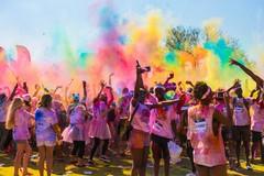 """Colore e divertimento oggi a Molfetta: via alla """"color run"""""""