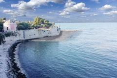 Lavori di rigenerazione della costa in villa comunale, la Sovraintendenza diffida il Comune di Trani
