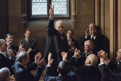 "Al Cinema Impero la storia del ministro Churchill in ""L'ora più buia"""