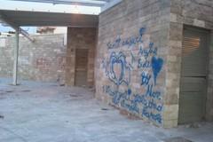 L'amore al tempo dei graffiti, così si imbrattano i muri di Trani
