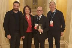 """""""Chi dona vive 2 volte"""": premiata la Asl Bt al Teatro Petruzzelli"""