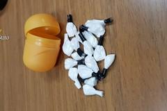 Detenzione e spaccio di sostanze stupefacenti, arrestati due tranesi