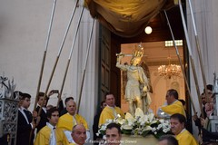 La sacra effigie di San Michele Arcangelo arriva a Trani: tanti i fedeli ad accoglierla