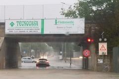 Maltempo a Trani, strade e sottopasso di Pozzo Piano allagati