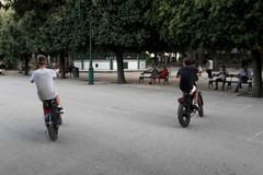 Villa comunale, ingresso vietato ai velocipedi: firmata l'ordinanza