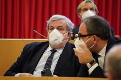 Puglia verso la zona gialla, Emiliano scettico: «Meglio restare arancioni in questo momento»