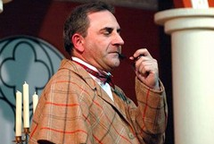 Enzo Matichecchia migliore attore caratterista, a Paestum la premiazione