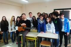 """Gli studenti del """"Vecchi"""" assistono alle """"Nozze di Figaro"""" a Bari"""