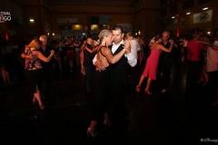 """La magia del tango nello chapiteau di Trani sul filo con la """"Fiesta Milonghera"""""""