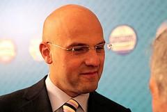 Intervista al candidato sindaco Gigi Riserbato