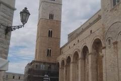 Cattedrale, campanile bicolore dopo i lavori di restauro