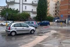Transennata la rotonda di via Istria per motivi di sicurezza