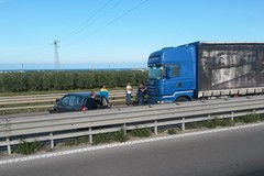 Incidente sulla statale 16 all'altezza di Boccadoro, traffico bloccato