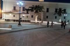 Piazza Sacra Regia Udienza, dopo anni torna l'illuminazione