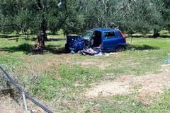 Auto ribaltata sulla Trani-Andria, ferito un sessantenne