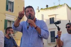 Salvini a Trani: «C'è voglia di cambiamento. Il futuro della Puglia dipende da voi»