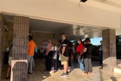 Caos al Pta di Trani: assembramenti, code e lunghe liste d'attesa