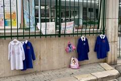 Didattica a distanza, scattano le proteste dei genitori in diverse scuole di Trani