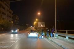 Scontro auto-moto in via delle Forze Armate: un ferito