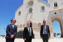 A Trani in visita l'ambasciatore d'Israele Dror Eydar