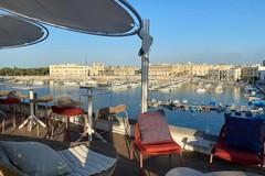 Sensazioni, traiettorie di gusto, purezza ed equilibrio: Ognissanti rivive sul porto di Trani
