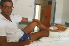 Il sindaco Bottaro operato per fratture alle dita di un piede dopo l'incidente in moto