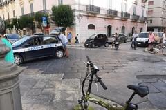 Scontro tra auto e moto su Corso Vittorio Emanuele: un ferito