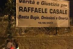 Quattro anni fa la morte dello chef Raffaele Casale. La famiglia: «Basta bugie, omissioni e omertà»