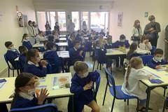 Inaugurata la nuova mensa scolastica dell'istituto Papa Giovanni XXIII in via Stendardi