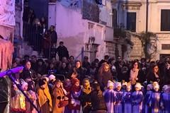 Finalmente è Natale, corteo e recital della D'Annunzio con più di 500 presenze