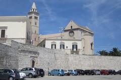 Porta Vassalla e piazza Sacra Regia Udienza, arrivano i nuovi pali della luce
