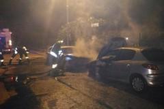 Nella notte a fuoco due auto in via Venezia