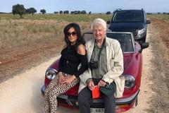 In Puglia Stanley Johnson, padre del primo ministro inglese: tappa anche a Trani
