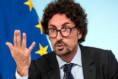 A Trani l'ex Ministro delle infrastrutture e dei trasporti, Danilo Toninelli