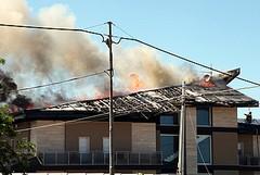 A fuoco la copertura di una villa a Matinelle