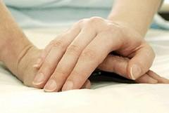 Alzheimer, finalmente pronti gli aiuti alle famiglie