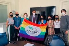 """""""Le differenze sono valore"""": il messaggio per la Giornata internazionale contro l'omofobia, la transfobia e la bifobia"""