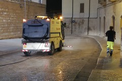 Igienizzazione delle strade di Trani, domani nuovo trattamento