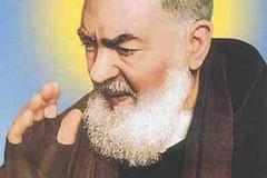 Riuniti (di nuovo) in preghiera nel nome di San Pio