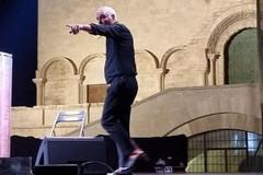 """Panariello mattatore in piazza Duomo: la sua """"Story""""  piace al pubblico"""