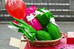 L'Ail scende in piazza per la vendita delle uova di Pasqua contro la leucemia