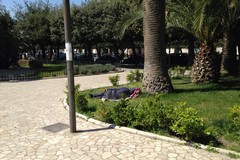 Piazza della Repubblica, avviati i lavori di manutenzione dei pali della luce