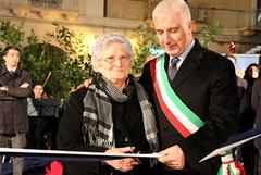 Piazza Longobardi, festa per l'inaugurazione
